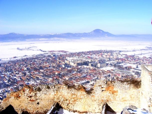 oras si ziduri cetatea rasnov