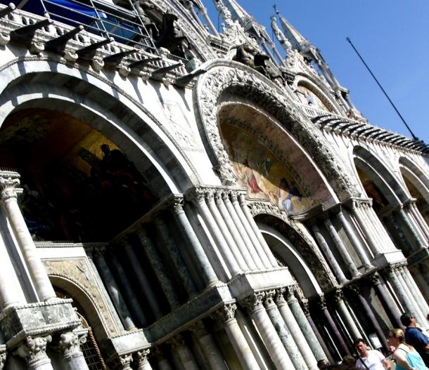 portal cu fresca bazilica san marco