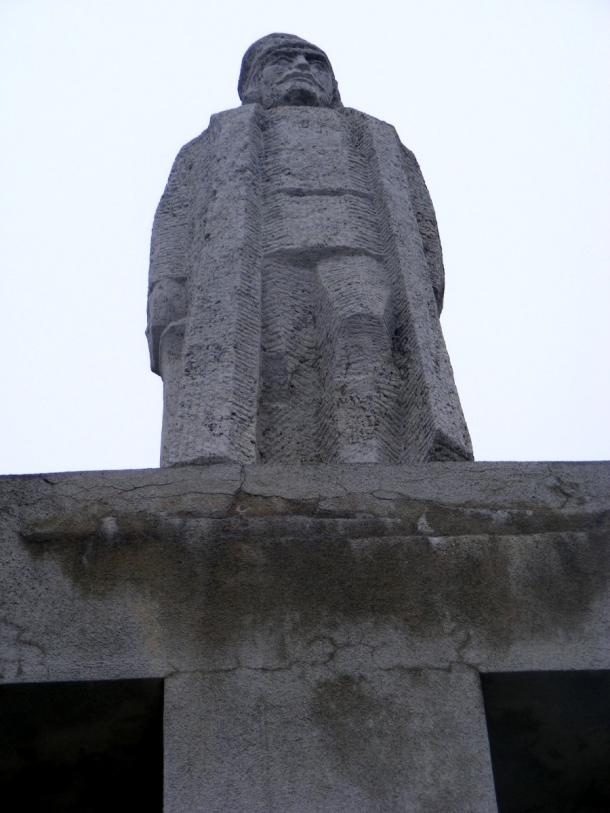 statuia lui iancu blaj