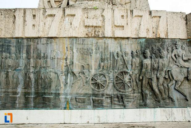 100-de-ani-de-la-1877-monumentul-comemorativ-al-razboiului-de-independenta-din-calafat-judetul-dolj.jpg