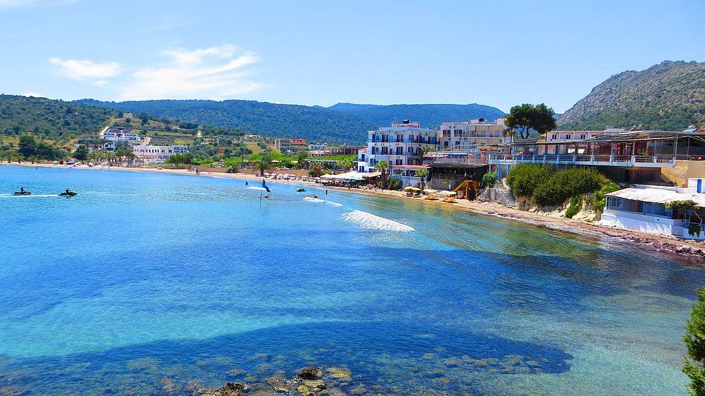 Agia Marina plaje