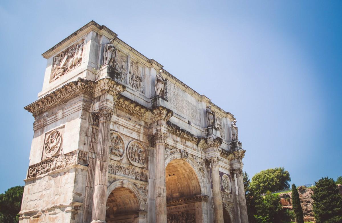 Arcul de Triumf al lui Constantin111