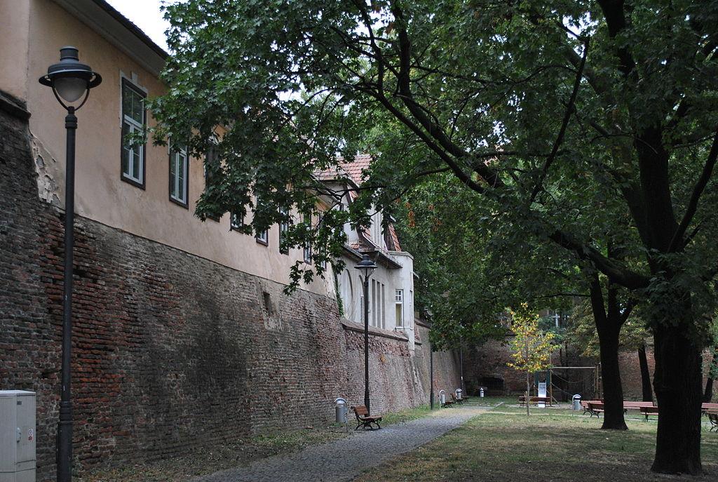 Bastionul Haller1