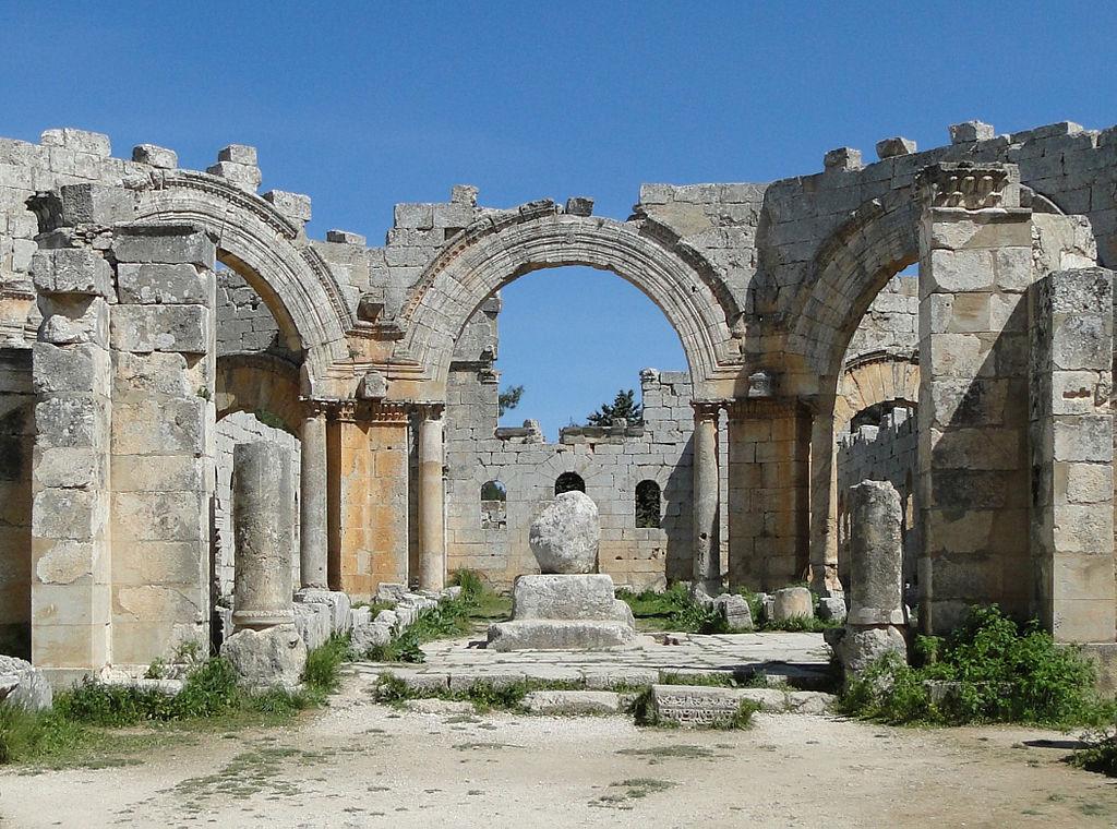 Bazilica Qala'at Saaman11