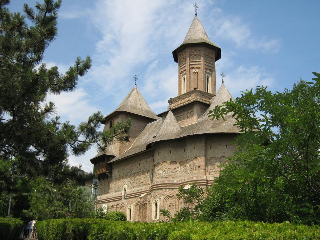 Biserica Fortificata Precista Galati