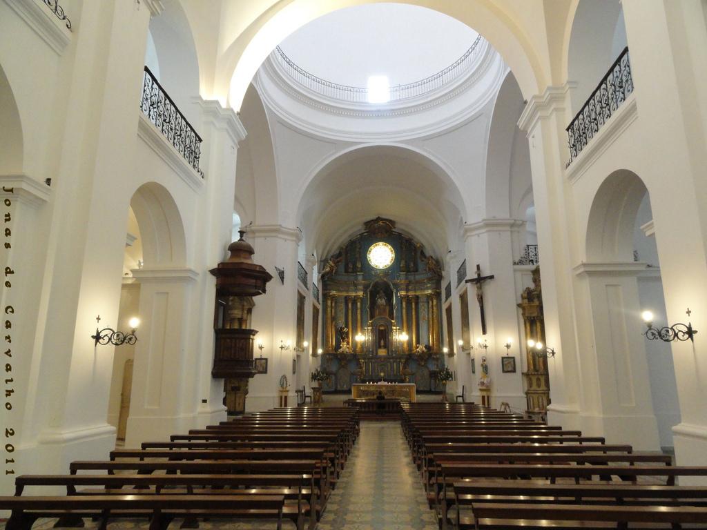Biserica San Ignacio de Loyola111