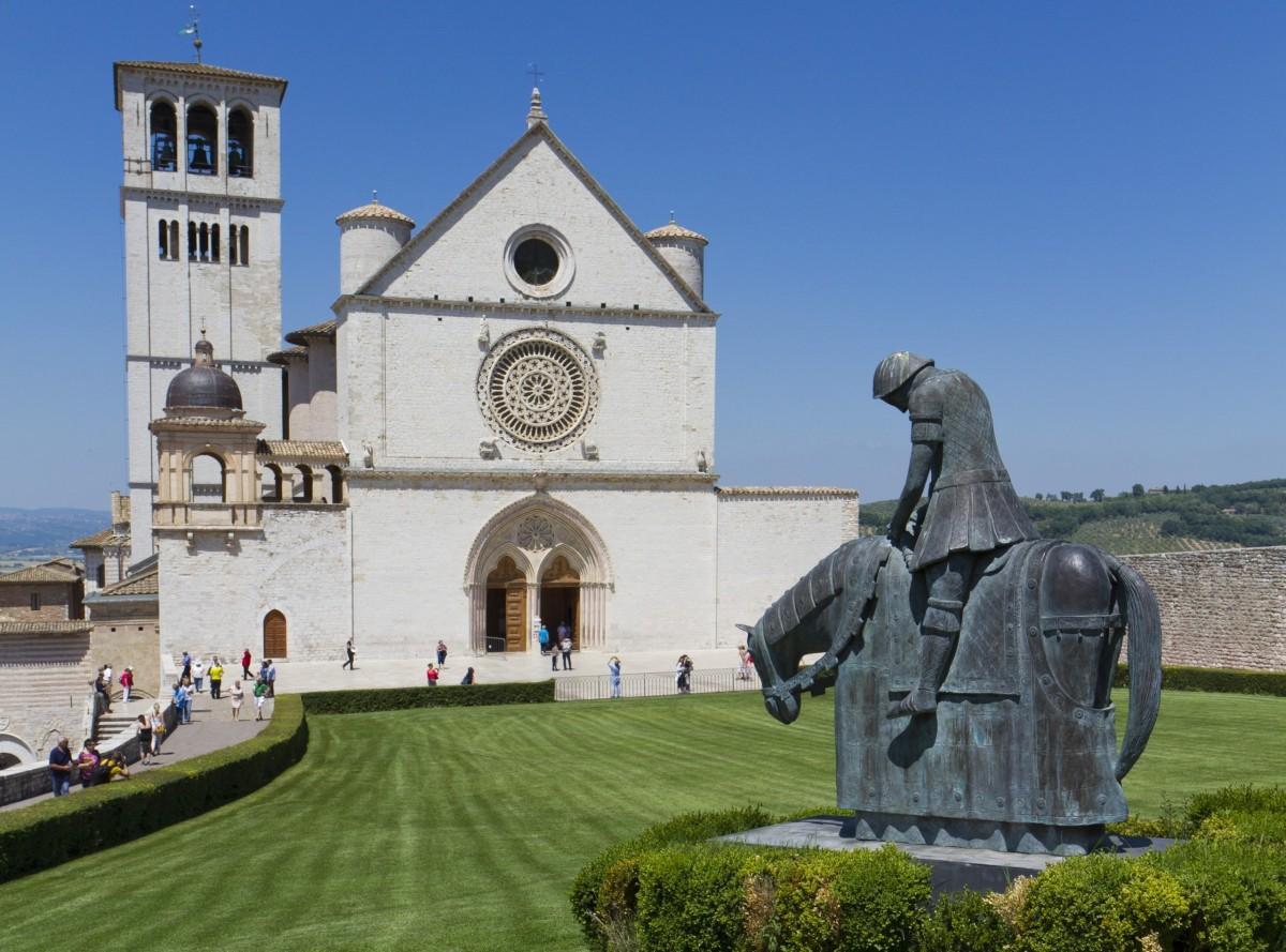 Biserica Sfantului Francisc din Assisi111
