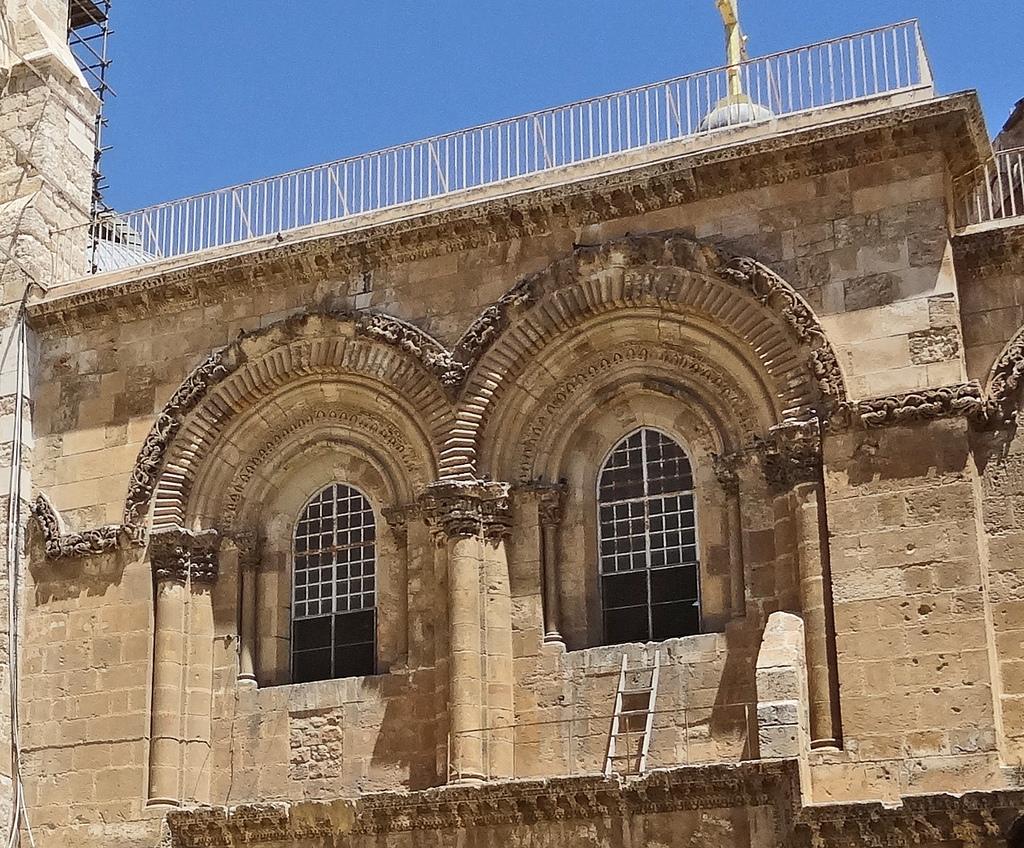 Biserica Sfantului Mormant11