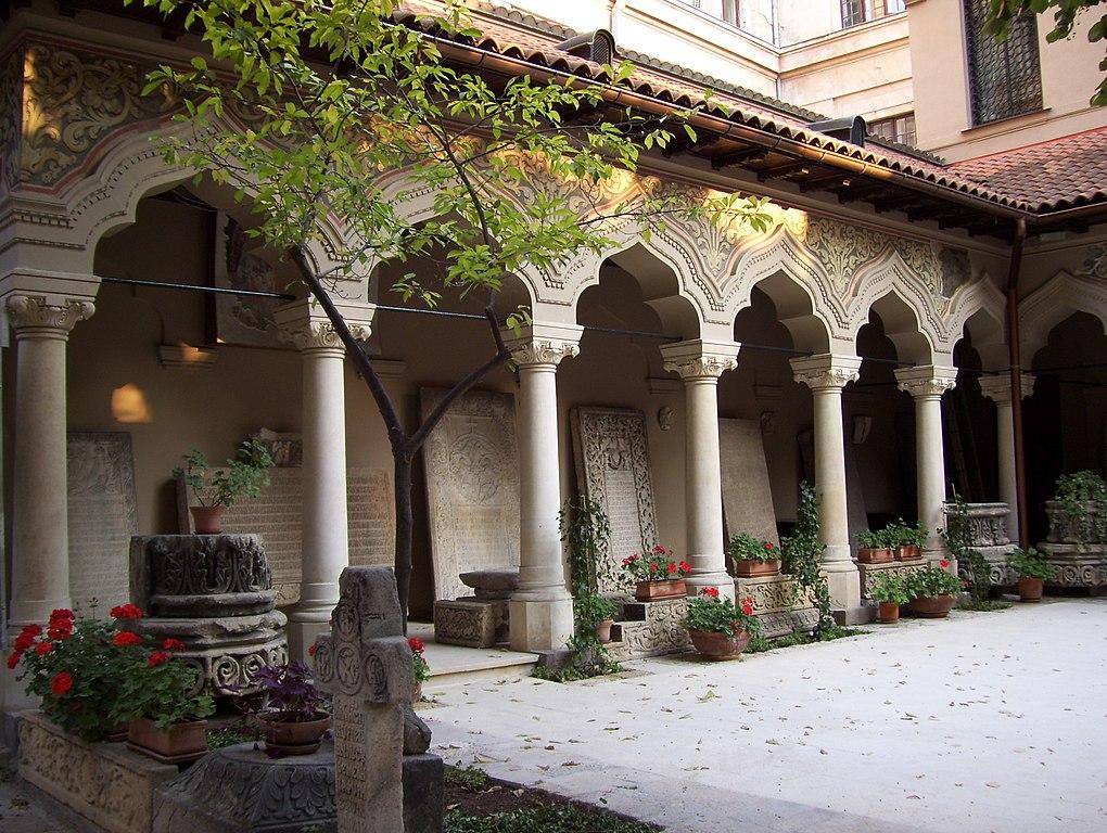 Biserica Stavropoleos interior