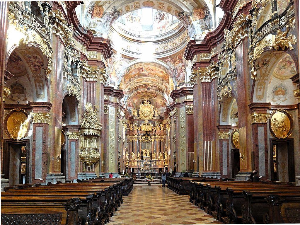 Biserica abatiei din Melk11