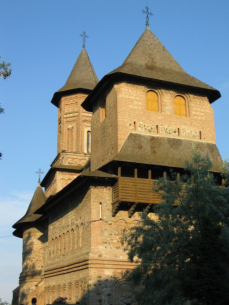 Biserica fortificată Sf. Precista1