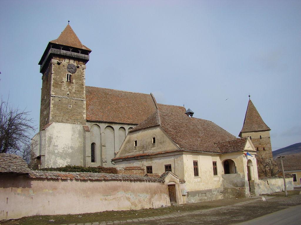 Biserica fortificată din Băgaciu1