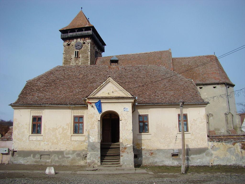 Biserica fortificată din Băgaciu1111