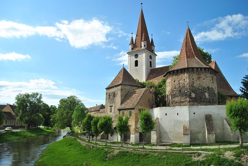 Biserica fortificată din Cristian