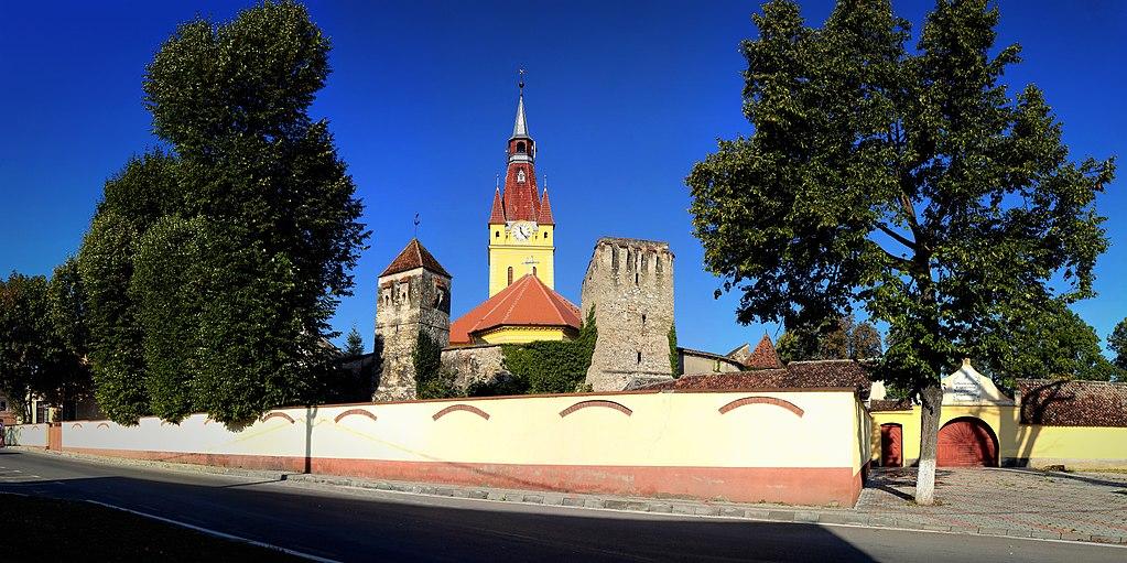 Biserica fortificată din Cristian11