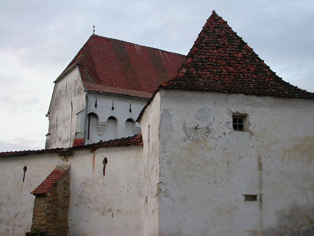 Biserica fortificată din Dârjiu1