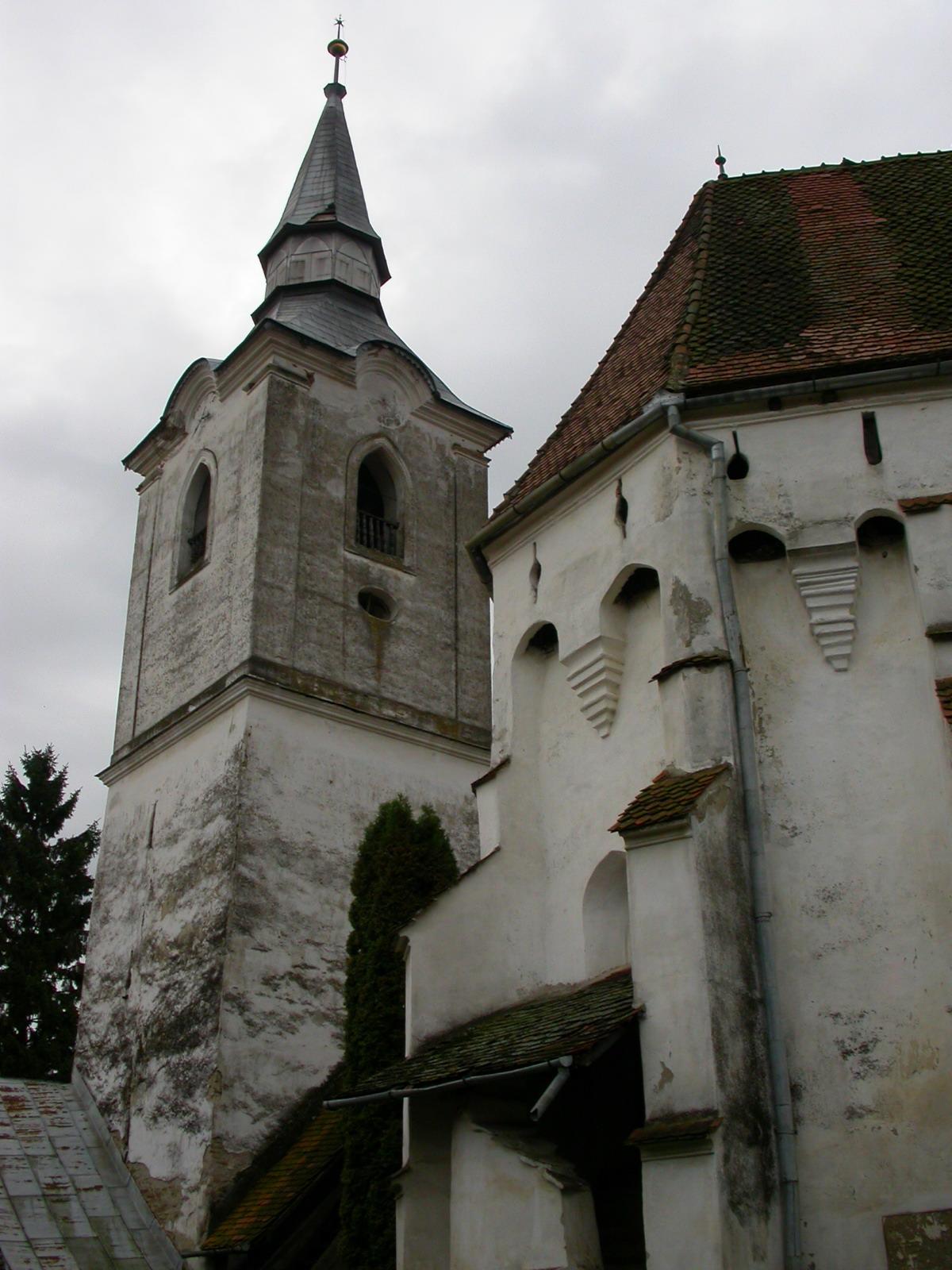Biserica fortificată din Dârjiu111
