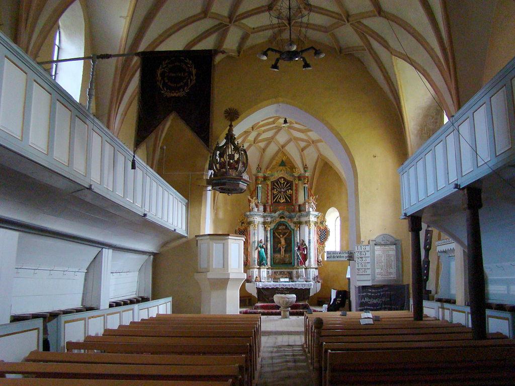 Biserica fortificată din Valea Viilor111
