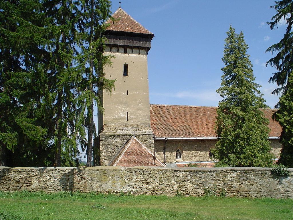 Biserica fortificată din Viscri111