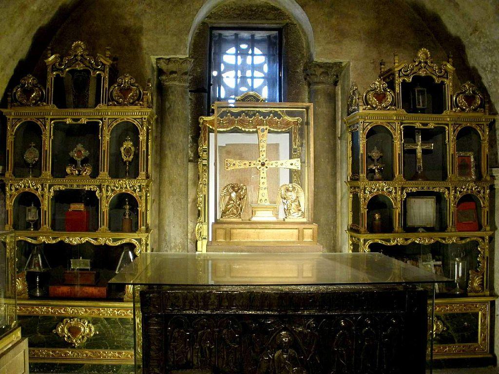 Camara Santa din Oviedo1