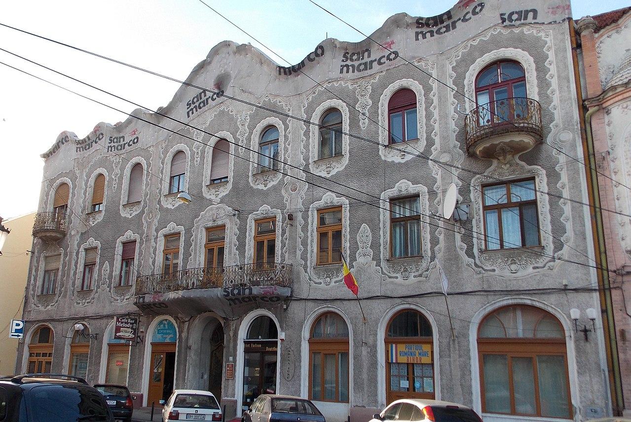 Casa Adorjan II