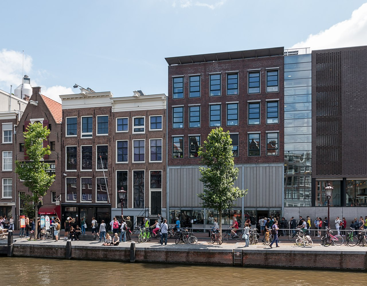 Casa Annei Frank din Amsterdam1