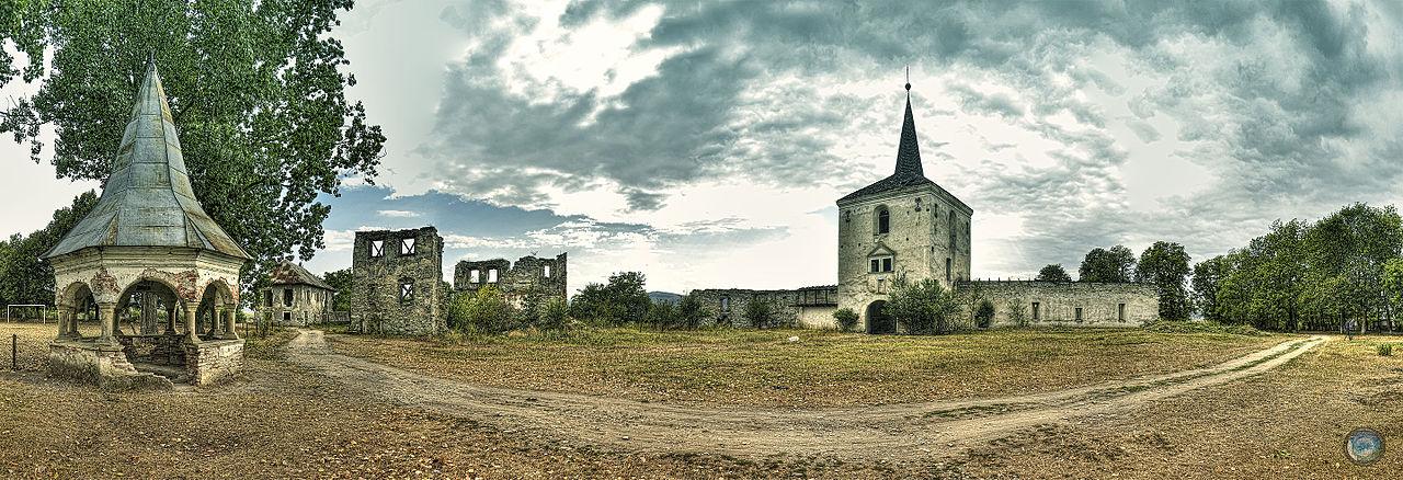 Castelul Kornis111
