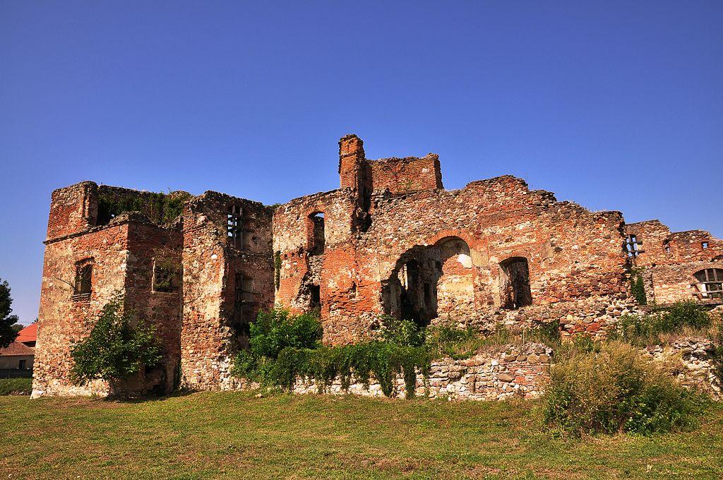 Castelul Lonyai1