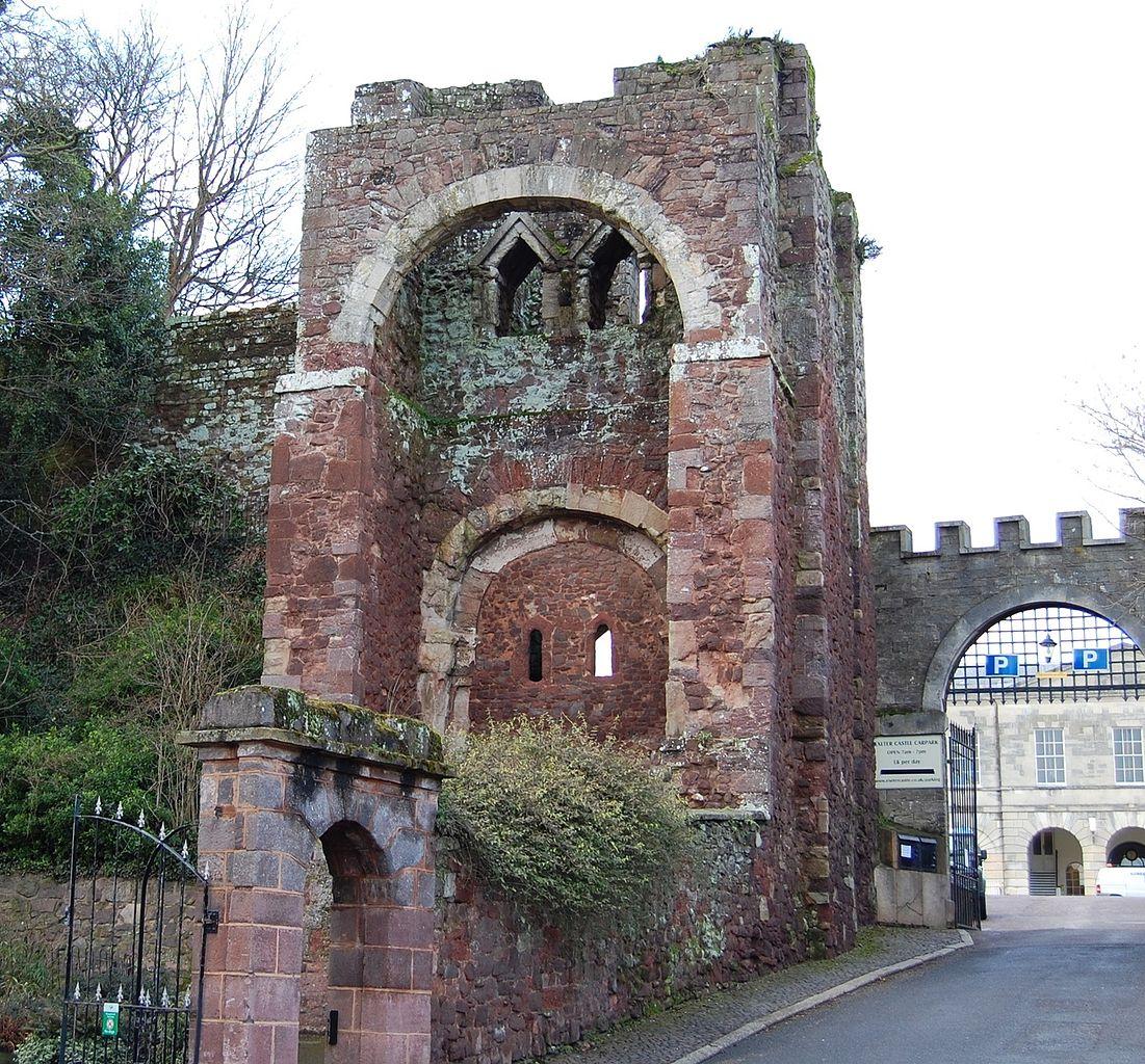 ruinele Castelului Rougemont