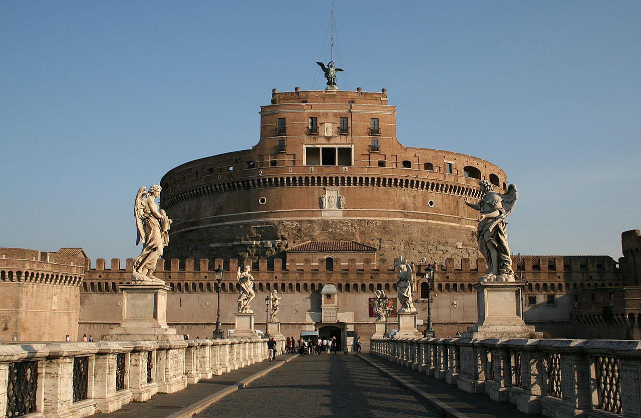 Castelul Sant Angelo11