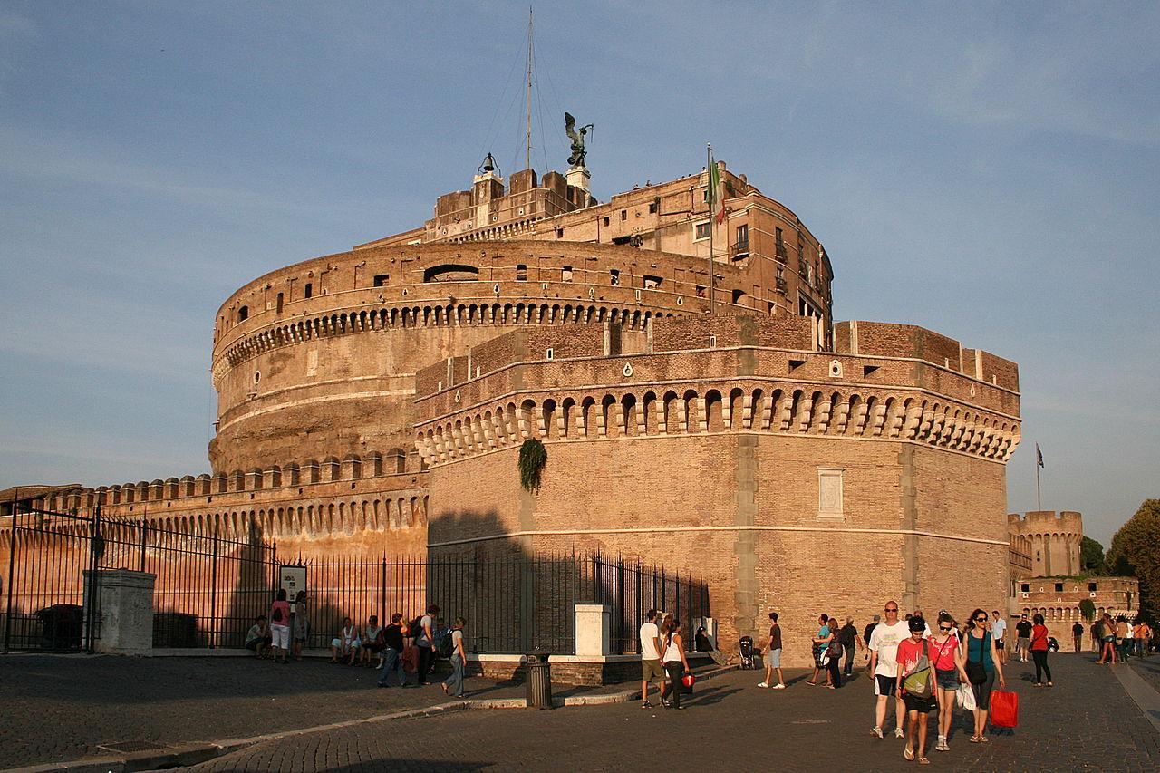 Castelul Sant Angelo111