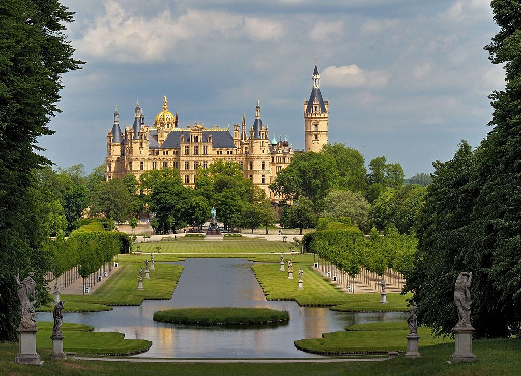 Castelul Schwerin1