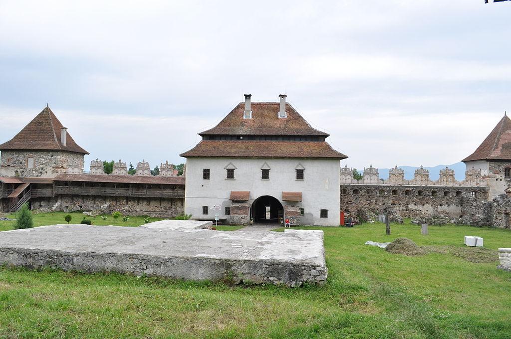 Castelul lazar3