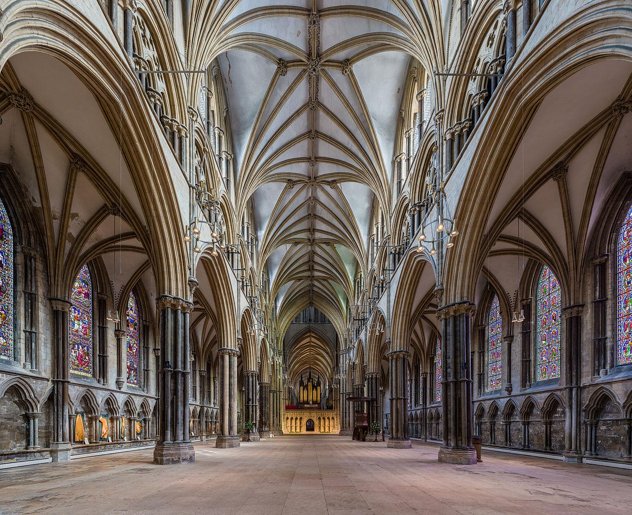 Catedrala Lincoln1