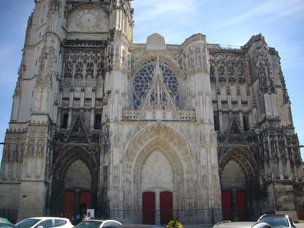Catedrala Sfintii Petru si Pavel din Troyes