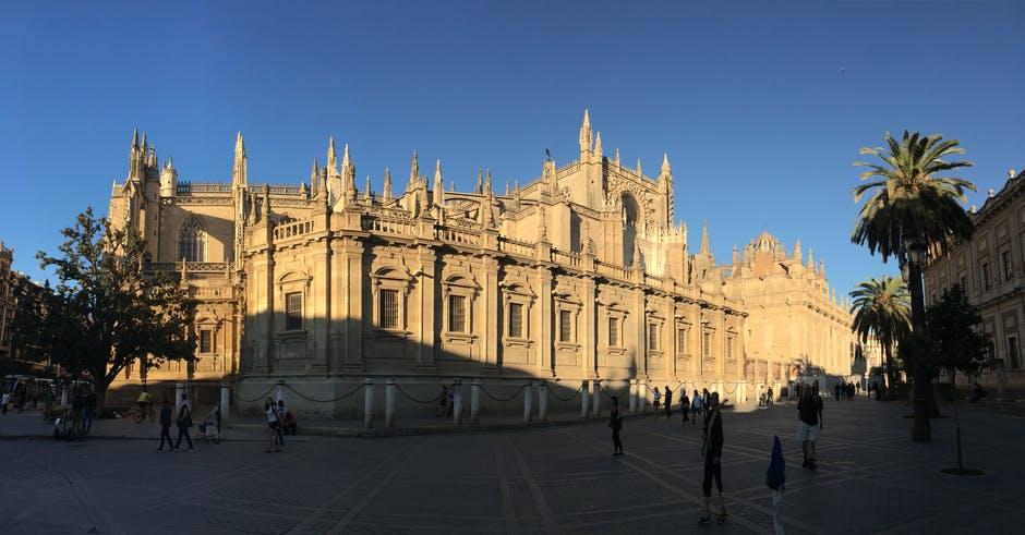 Catedrala din Sevilla1111