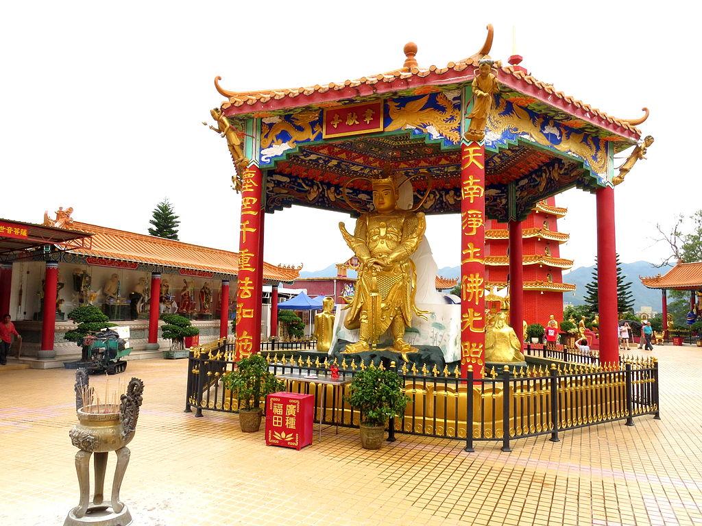 Cei zece mii de Budha