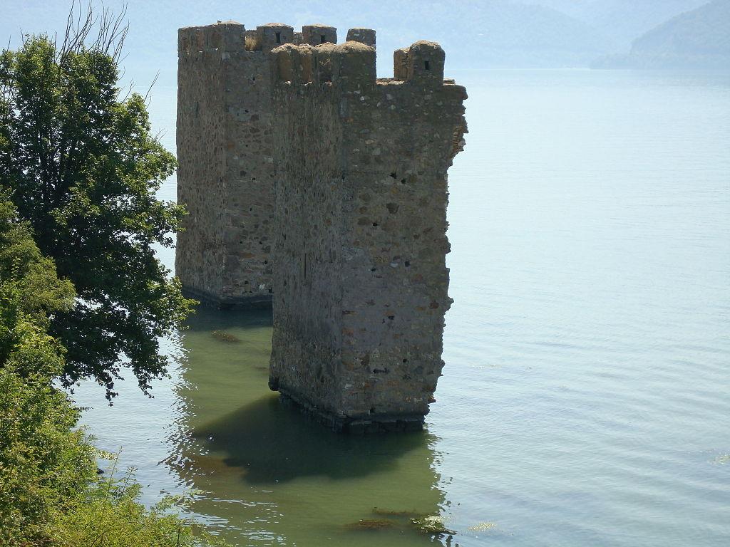 Cetatea Trikule