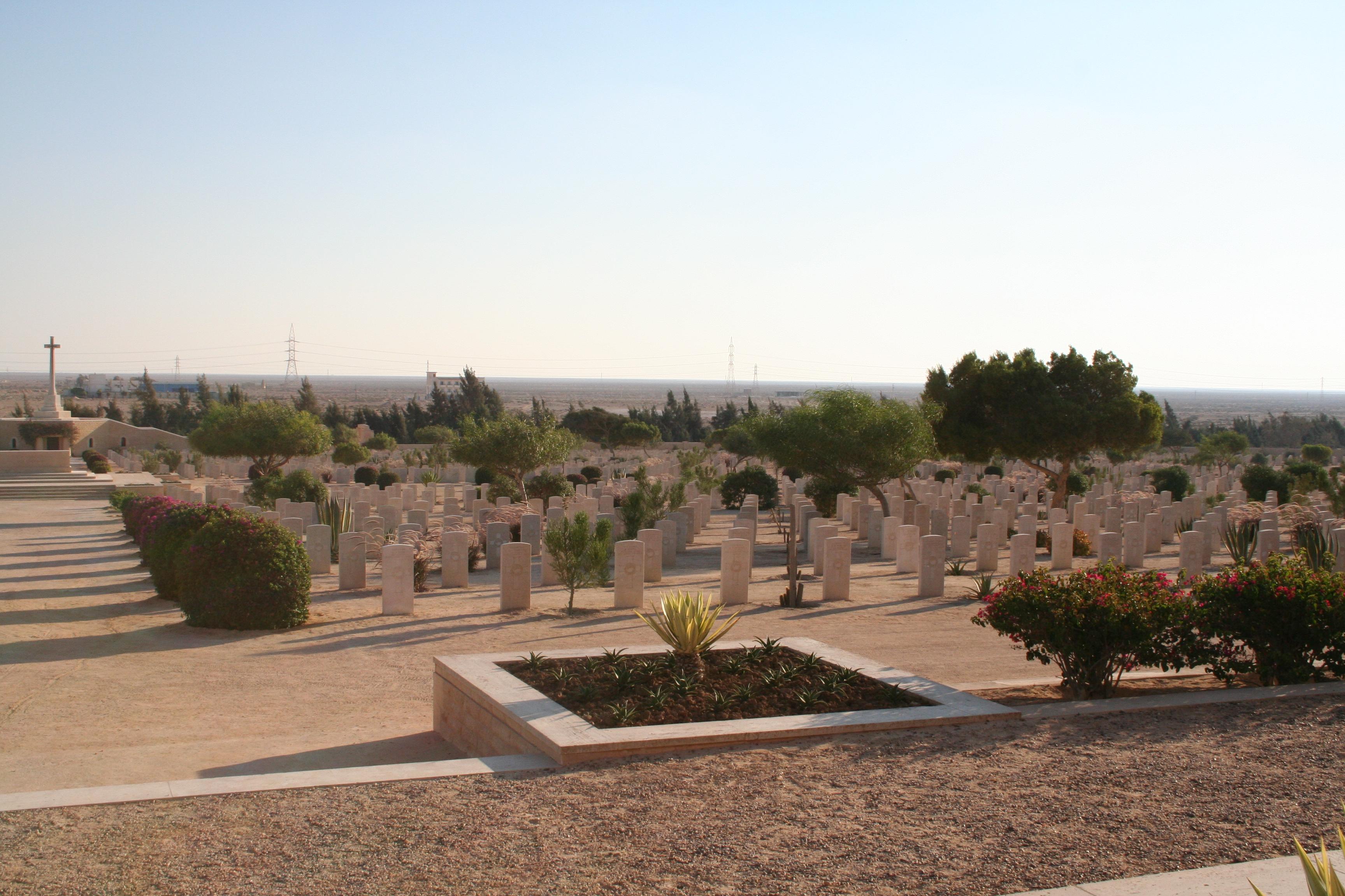 Cimitirele de la El Alamein11