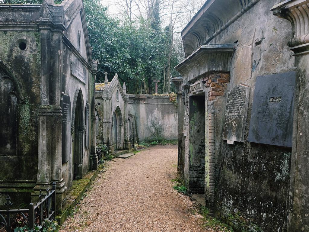 Cimitirul Highgate111