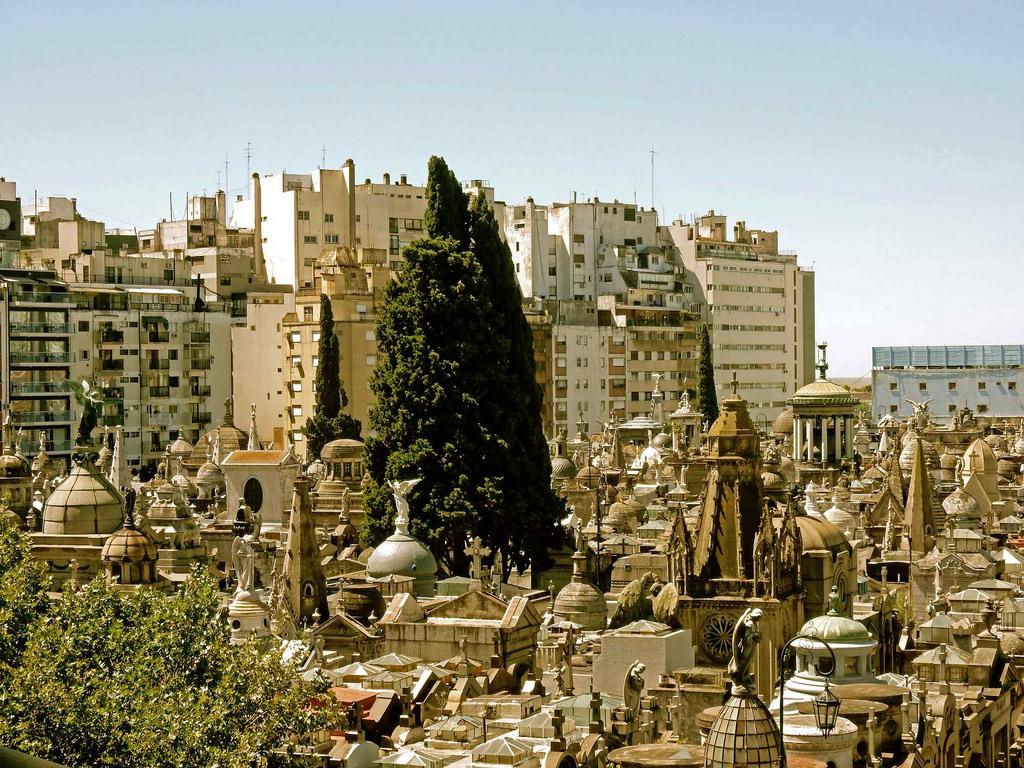Cimitirul La Recoleta111