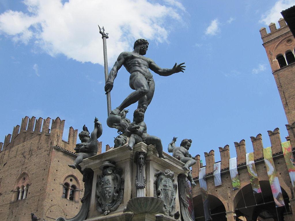 Fantana lui Neptun din Bologna111