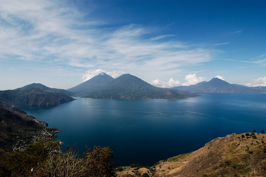 Lacul Atitlán
