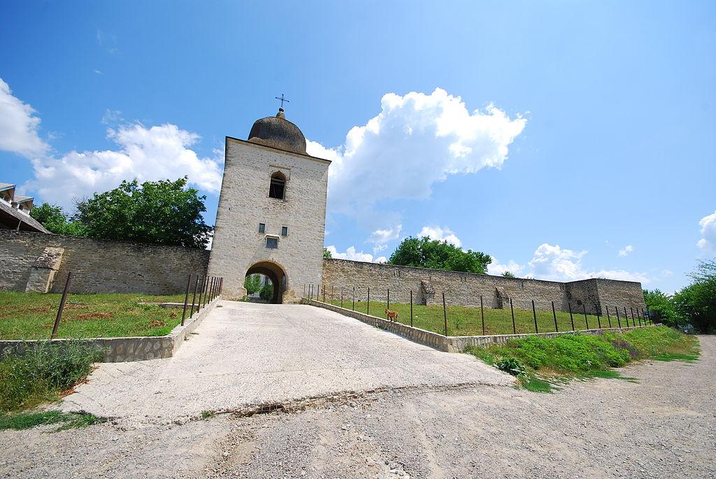 Mănăstirea Bârnova turnul portii