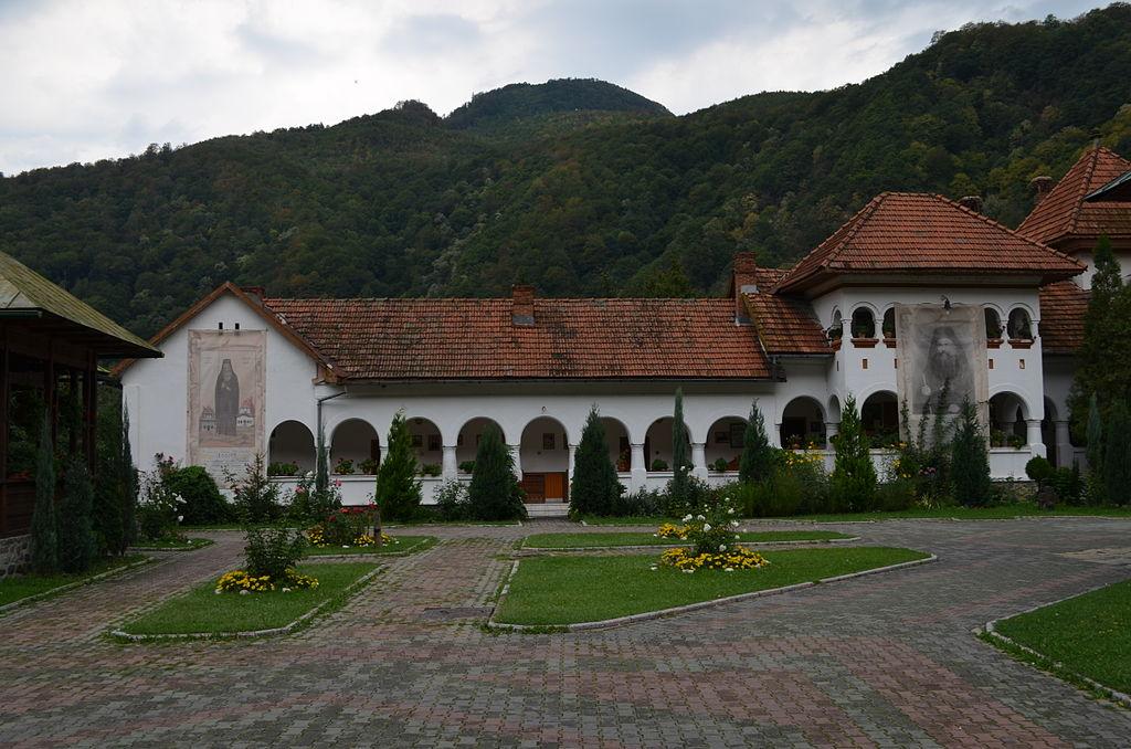 Mănăstirea Lainici Staretia