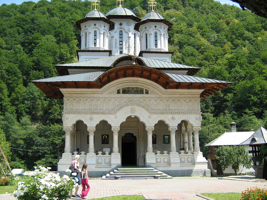 Mănăstirea Lainici12