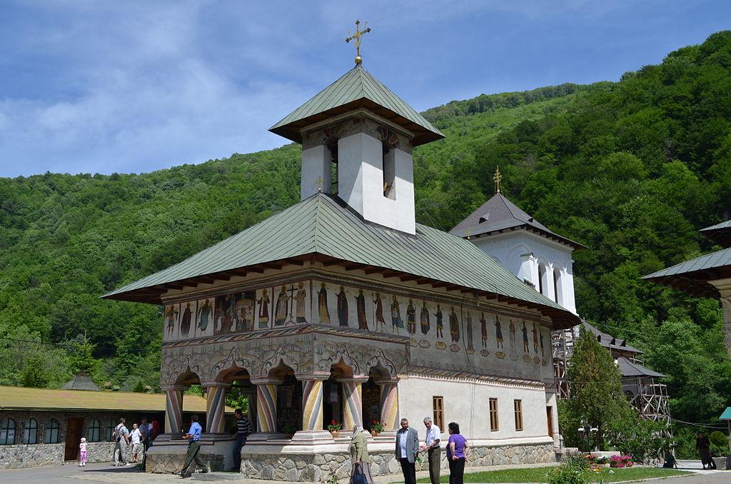 Mănăstirea Lainici121