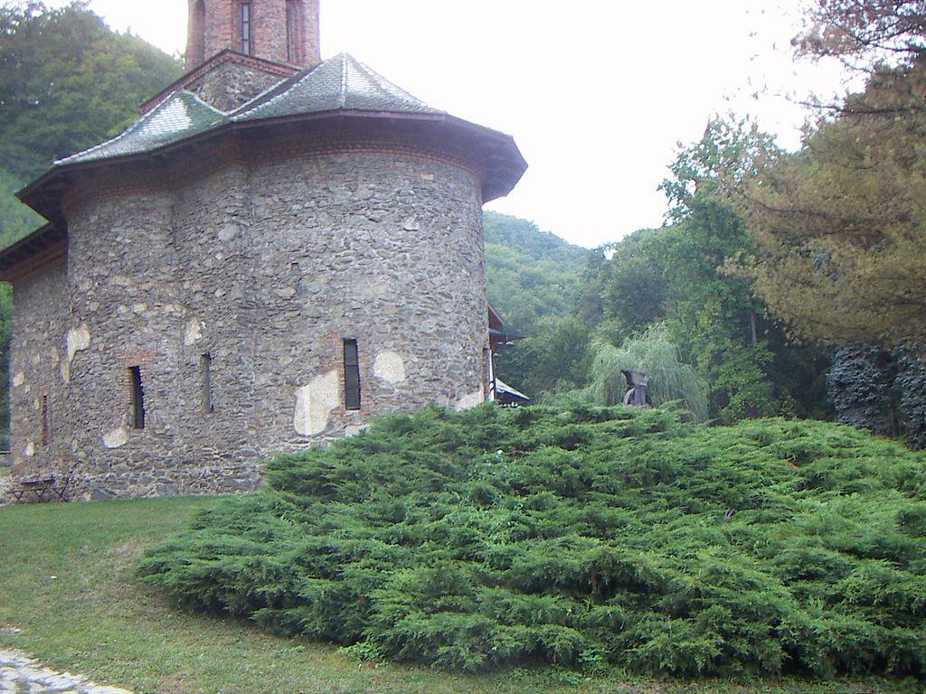 Mănăstirea Prislop11