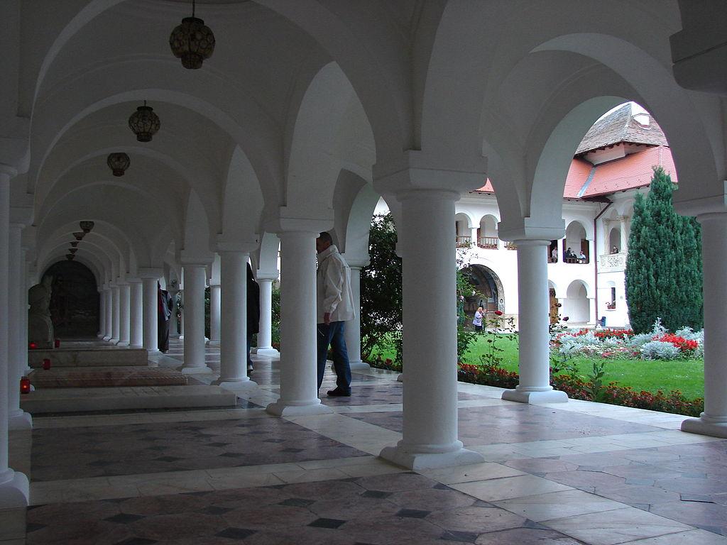 Mănăstirea Sâmbăta de Sus111