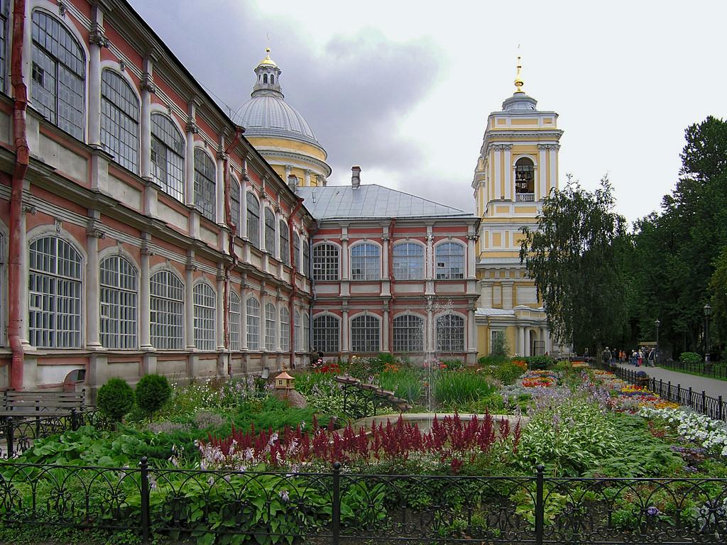 Manastirea Aleksandr Nevski11